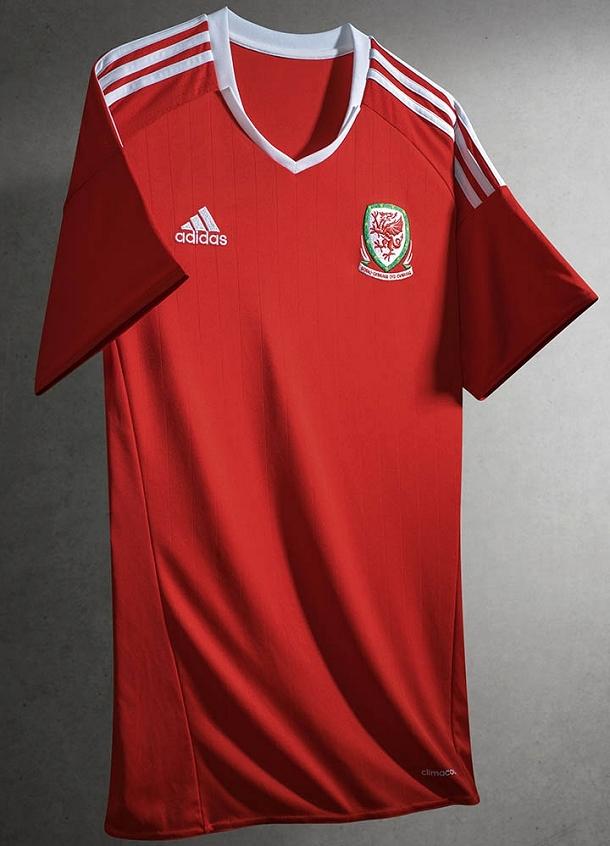 b9d184a926 Adidas lança nova camisa titular do País de Gales - Show de Camisas