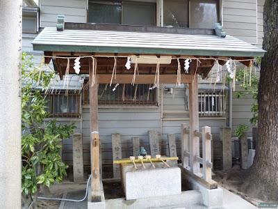 大仁八阪神社手水舎