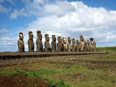 Patung Moai - Pulau Paskah