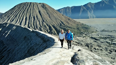 Mount Bromo midnight tour from Surabaya, Malang, Banyuwangi