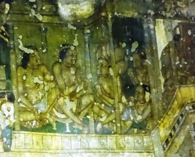 Ajanta cave painting showing Vidura Pandita - the tale of wise prime minster