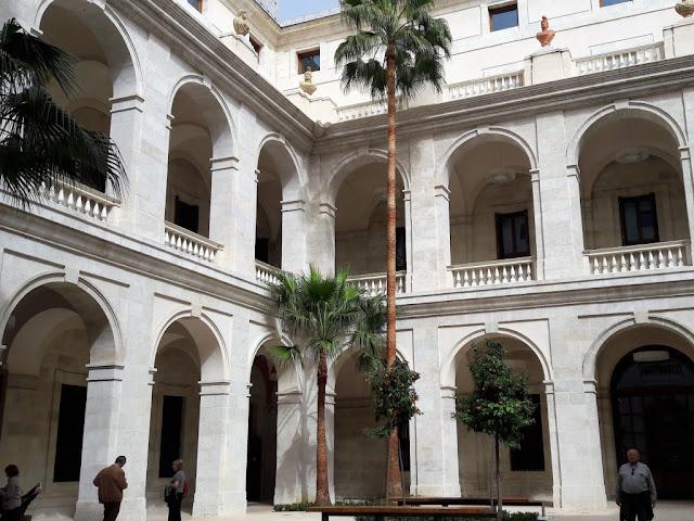 top-7-malaga-museums-museo-de-malaga-malagatrips