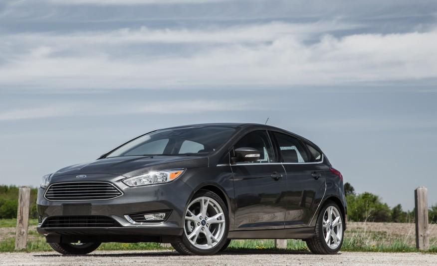 Ford Focus 2016 bản Titanium, bản cao nhất sẽ là mẫu ảnh của bài đánh giá này