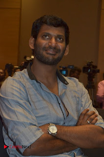 Simran and Vishal at the Launch of The Pride of Tamil Nadu Event Stills  0023.jpg
