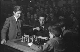 Simultáneas de Arturito Pomar en Lérida el 17 de abril de 1946 (4)