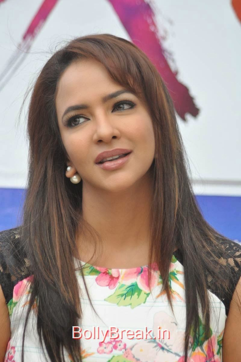 Manchu Lakshmi Unseen Stills, Actress Manchu Lakshmi hot HD Pics in Short Dress from Dongaata Movie