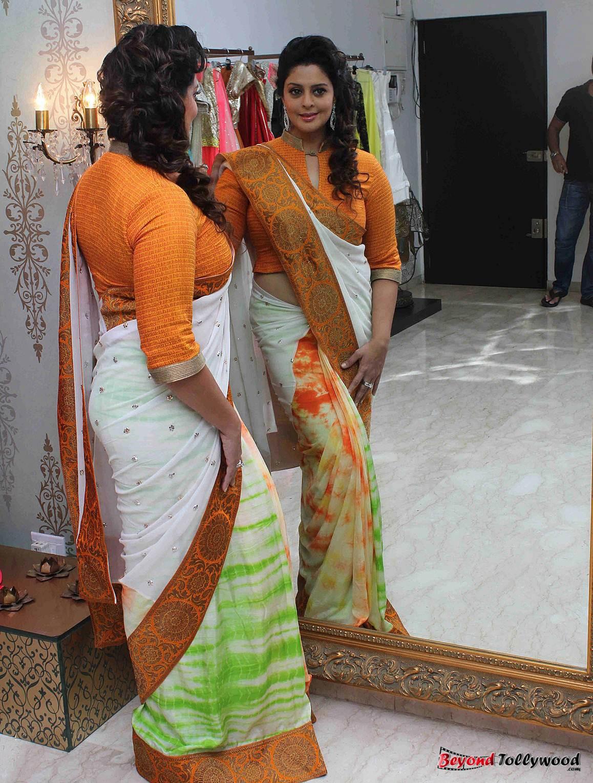 image galaxy: Actress Nagma Latest Photos