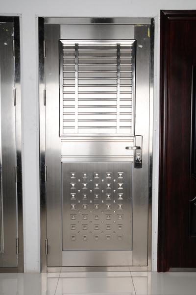 spesialis fabrikasi pintu besi Cikampek