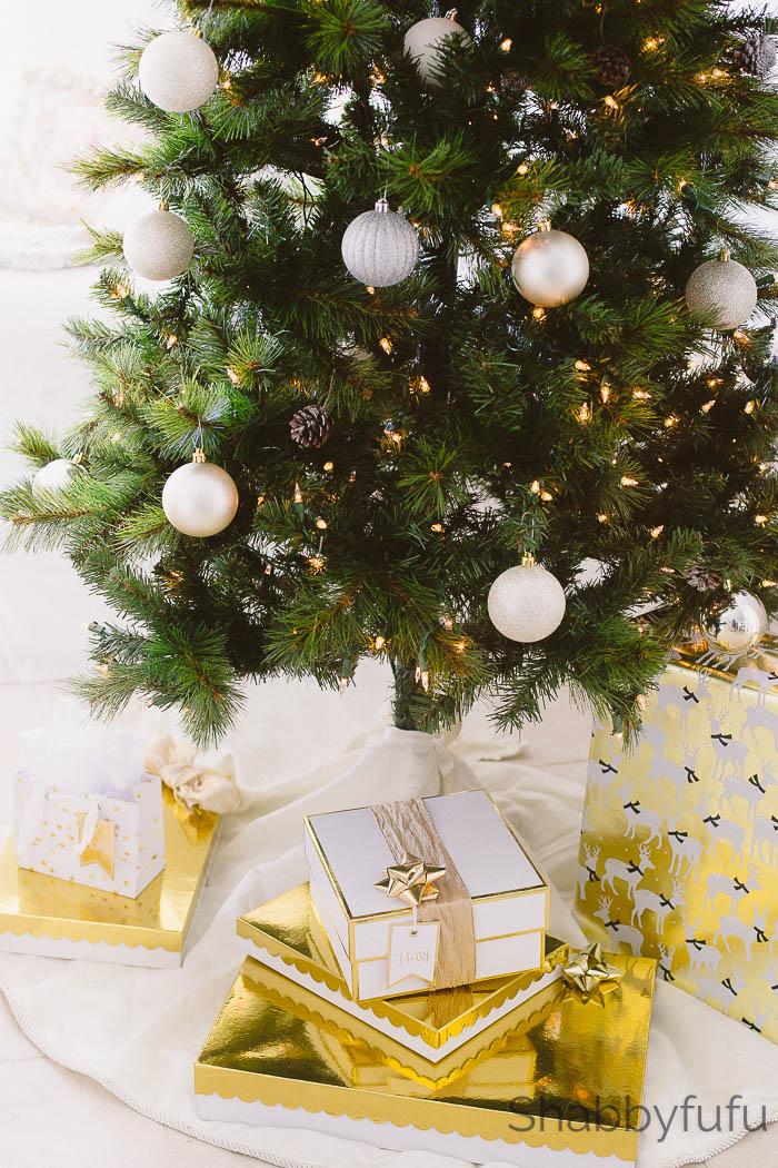 20 Hostess Gift Ideas For Christmas - Under $20 | Shabbyfufu