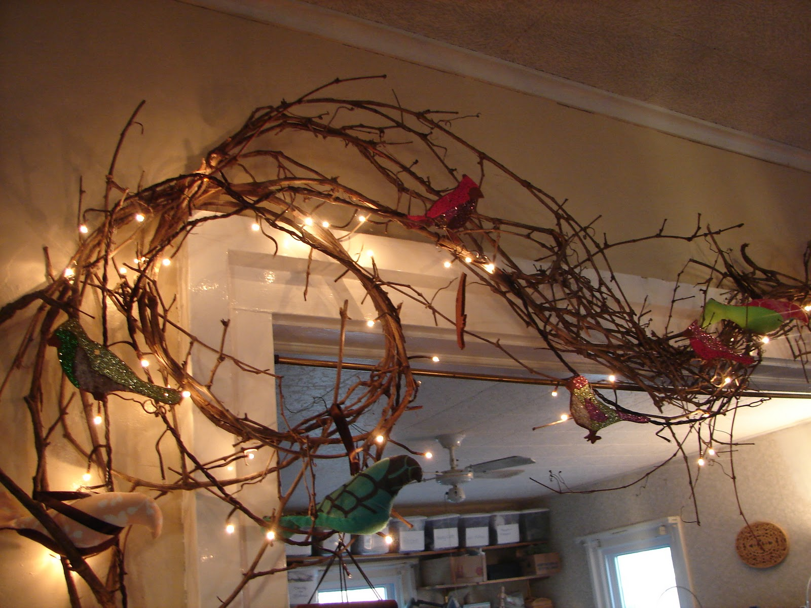 Cottage Making Mommy: My Favorite Holiday Decorating Material on Vine Decor Ideas  id=39820