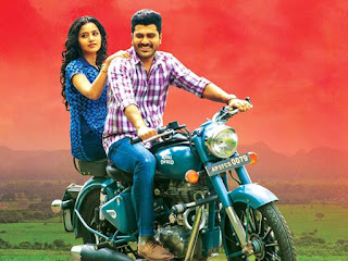 Sharwanand and Anupama Parameswaran Stills in Shatamanam Bhavathi Movie