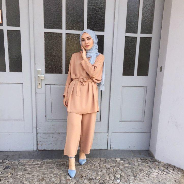 La robe hijab  Le style ultimate pour jeunes filles en hijab