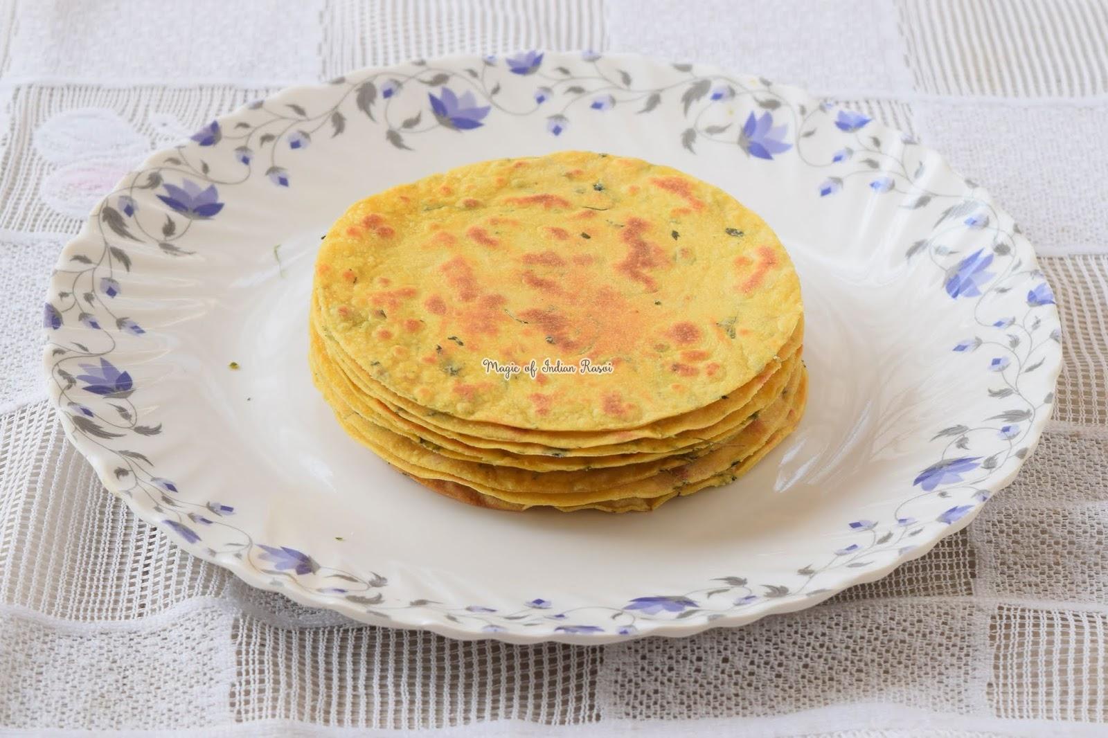Gujarati Methi Khakhra Recipe - घर के बने क्रिस्पी मेथी खाखरा रेसिपी - Priya R - Magic of Indian Rasoi