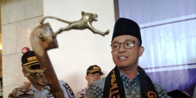 Anies tak akan Serahkan Hadiah Tongkat Kepala Harimau ke KPK