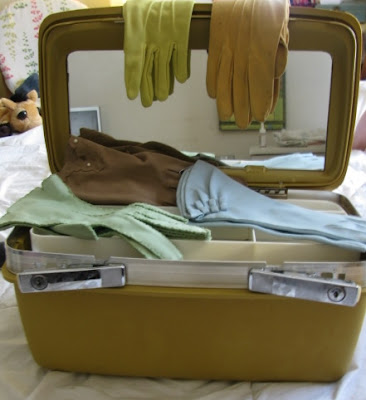 vintage mustard colored travel train case
