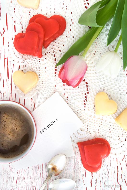 Geschenkidee Zum Muttertag Himbeer Kokos Kekse Mit Weisser Schokolade