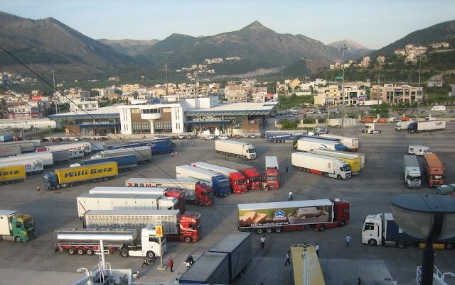 Η Ελλάδα έτοιμη να αναδειχθεί ως ένα διεθνές εμπορευματικό κέντρο