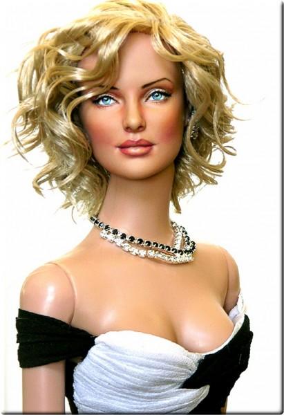 Muñeca o figura de acción de Charlize Theron