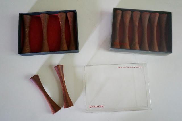 vintage danish teak knife rest designed by Michael Bloch denmark 60s 1960s porte-couteaux en teck  mid century