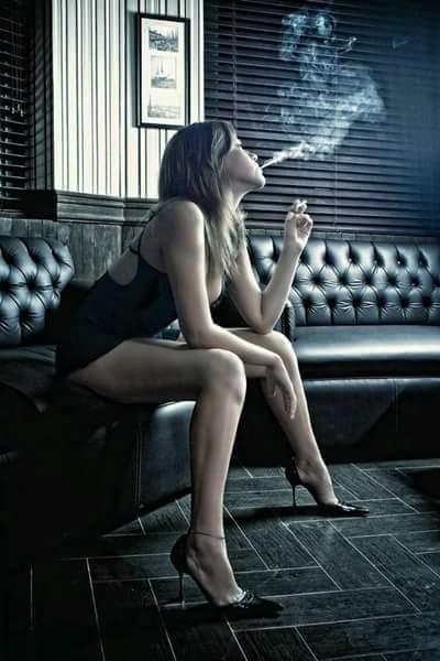 Smoking hot chicks with dicks, arabian women ass nude