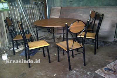 Jasa Meja Cafe Besi di Bandung dan sekitarnya dengan Harga Murah