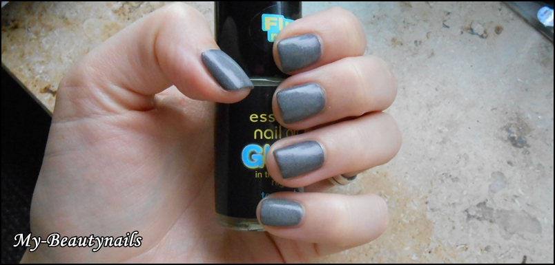 my beautynails essence neues sortiment nail art glow in the night. Black Bedroom Furniture Sets. Home Design Ideas
