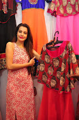 diksha launches trendz exhibition-thumbnail-10