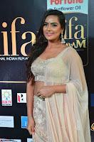 Prajna Actress in backless Cream Choli and transparent saree at IIFA Utsavam Awards 2017 0012.JPG