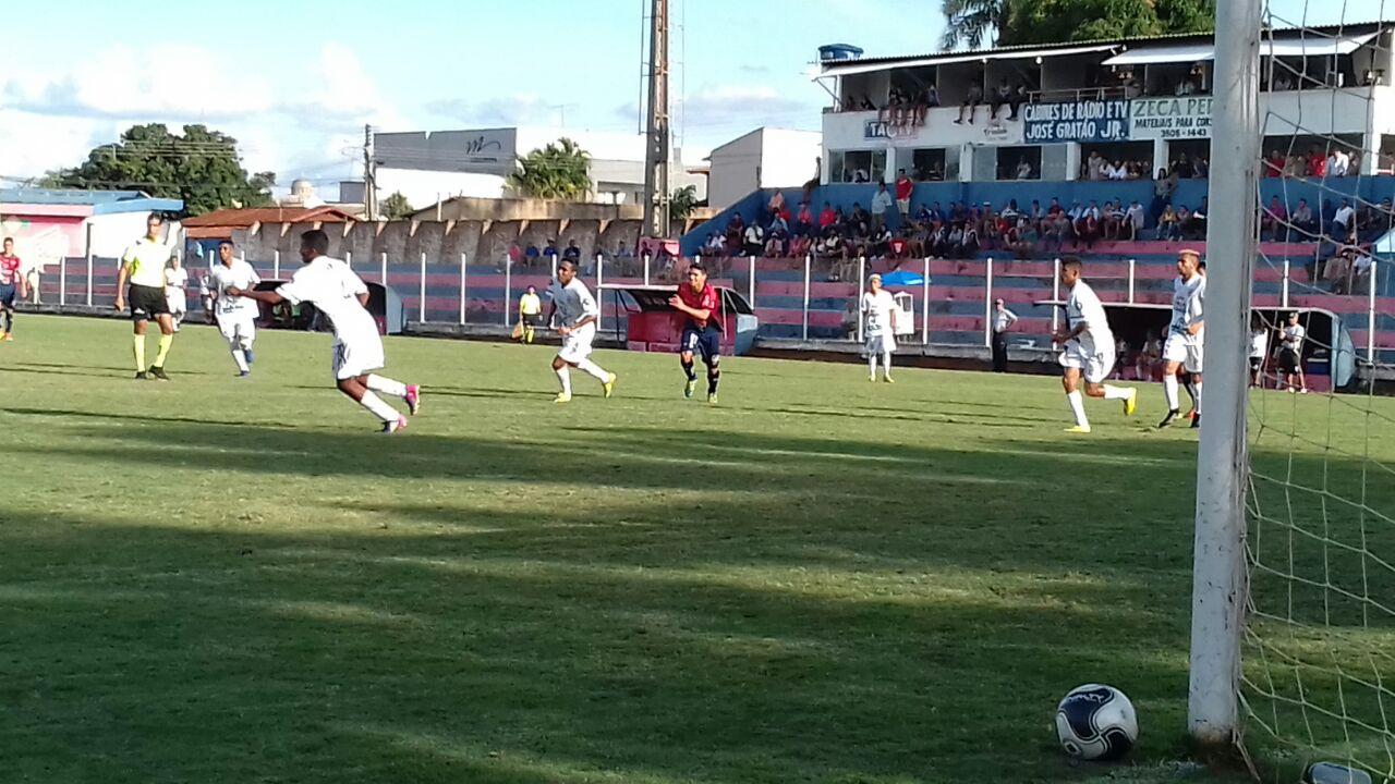 8a9cdc134c Trindade empata em casa com o Jaraguá no Sub-19 ~ Mais Futebol ...