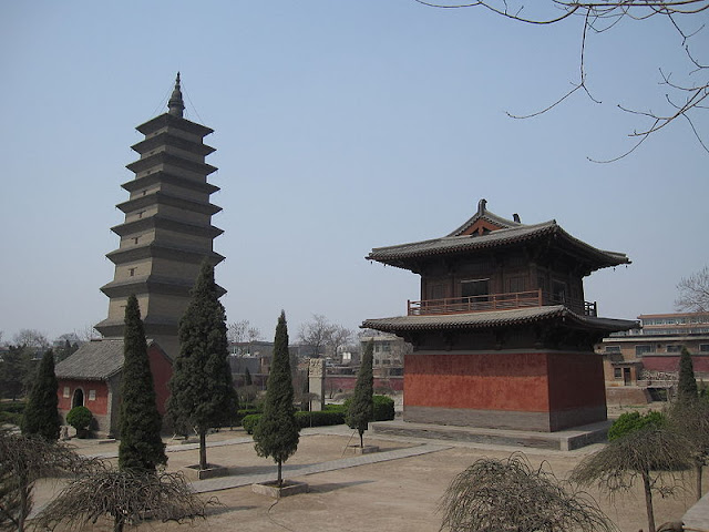 The Xumi Pagoda or Sumeru Pagoda at the Kaiyuan Monastery, Hebei Province, China, built in 636 AD. It is 48m high with nine tiers and a crowning spire.