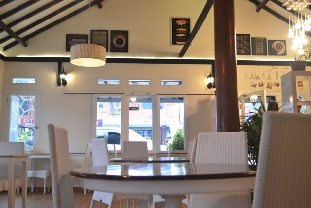Dawiels Cafe & Resto