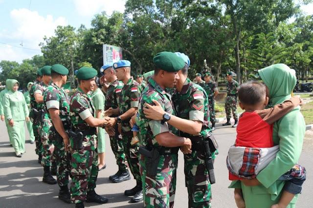 Tradisi Pelepasan Prajurit Yonif Raider 509 Kostrad Dalam Yonmek TNI Konga XXIII-M/Unifil