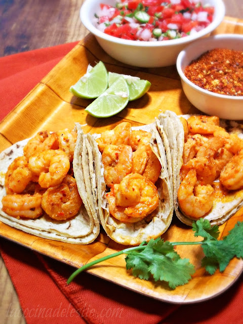 Spicy Tequila-Lime Shrimp Tacos - lacocinadeleslie.com