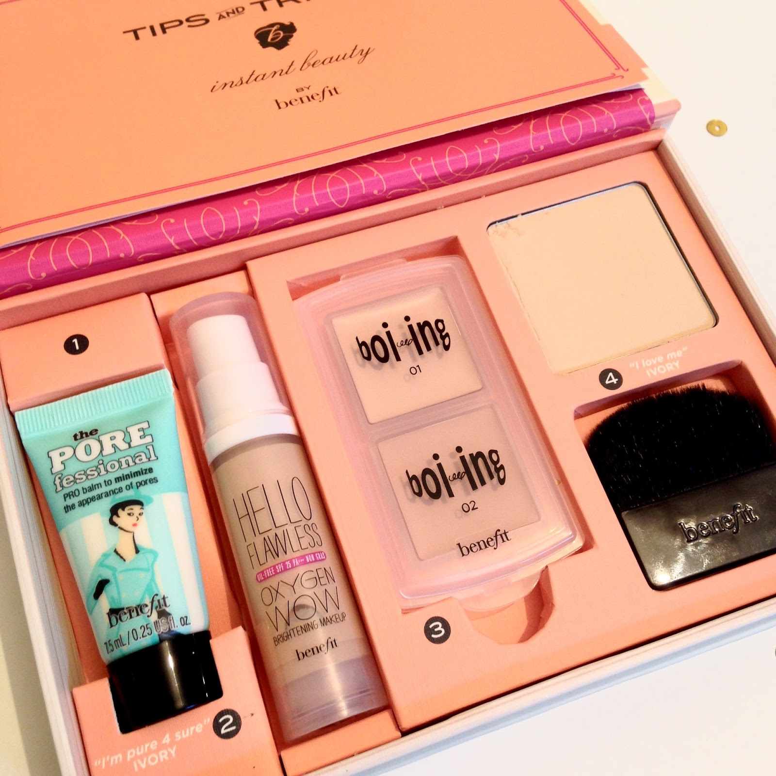 Benefit's How to Look the Best at Everything Kit Inside