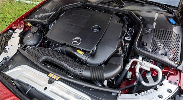 Động cơ Mercedes C300 AMG 2019