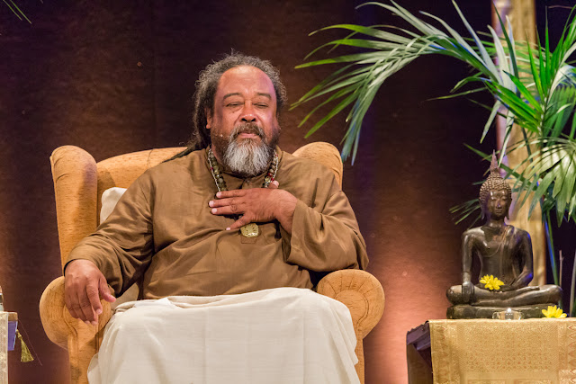 https://leokamarius.blogspot.com/2018/07/mooji-fii-cel-neschimbator-be-unchanging.html