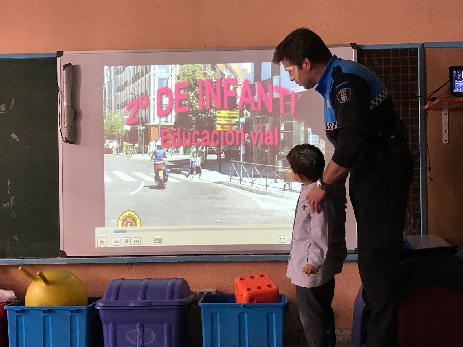 Agustinas Valladolid - 2017 - Infantil 4 - Policía Municipal 1