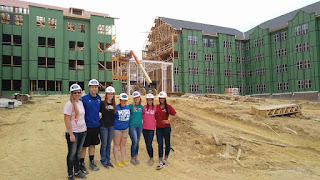 Student construction tour