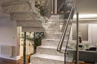 Resultado de imagem para escadaria de mármore de carrara