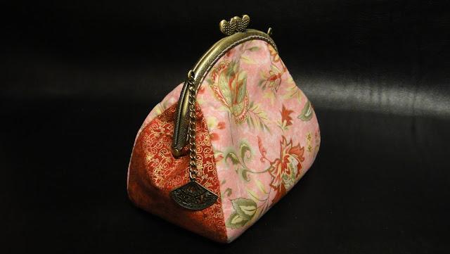 """Розовая косметичка сумочка клатч """"Веер гейши"""" - подарок подруге"""
