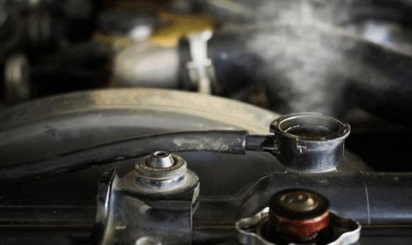 Cara Mendinginkan Mesin Panas