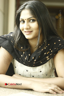 Actress Shruti Reddy Latest Po Shoot Gallery  0006.JPG