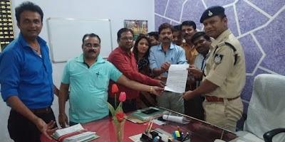 सिरसौद पंचायत के सरपंच पति और प्रभारी सचिव पत्रकारों के विरूद्ध कर रहे झूठी शिकायतें | Shivpuri News
