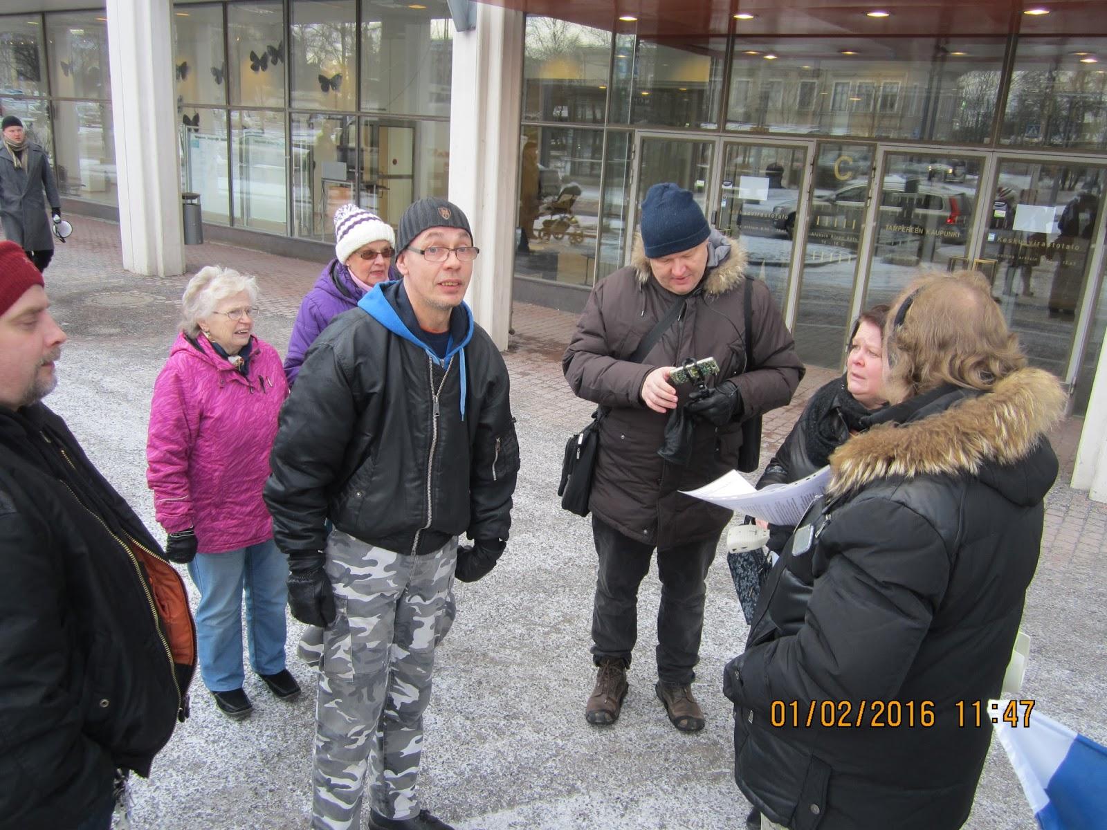Mielensosoituksia miehittäjä-Ryssää hyysärimafiaa islamisaatiota rajatonta maahanmuuttoa vastaan ...