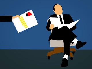 career in banking,career as loan officer in bank,become loan officer,how to become loan officer in the bank