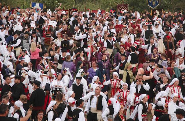Με 140 Συλλόγους και 2.500 χορευτές η 3η Πανελλήνια Συνάντηση Μακεδόνων στην Αμφίπολη Σερρών