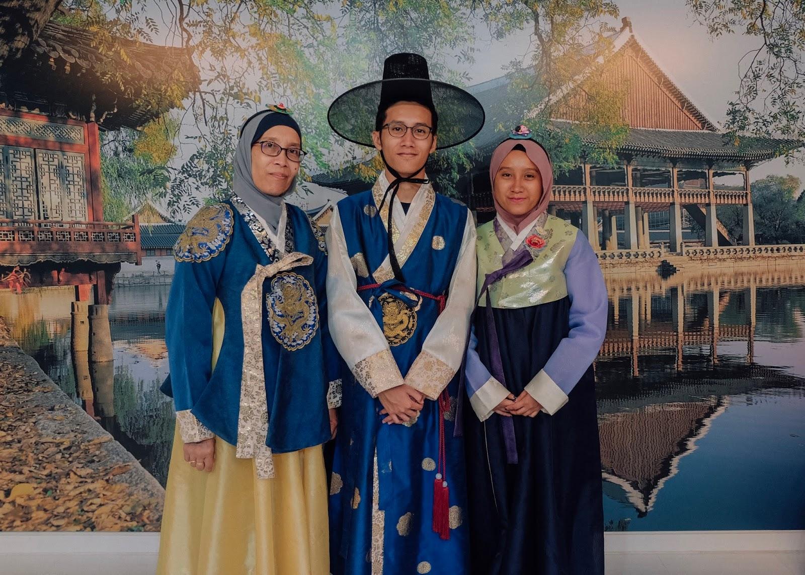 K-Style Hub Seoul Korea Curitan Aqalili