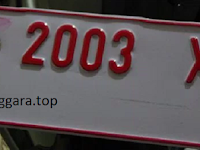 Warna Plat Nomor Kendaraan Pribadi akan diganti dengan Warna terang