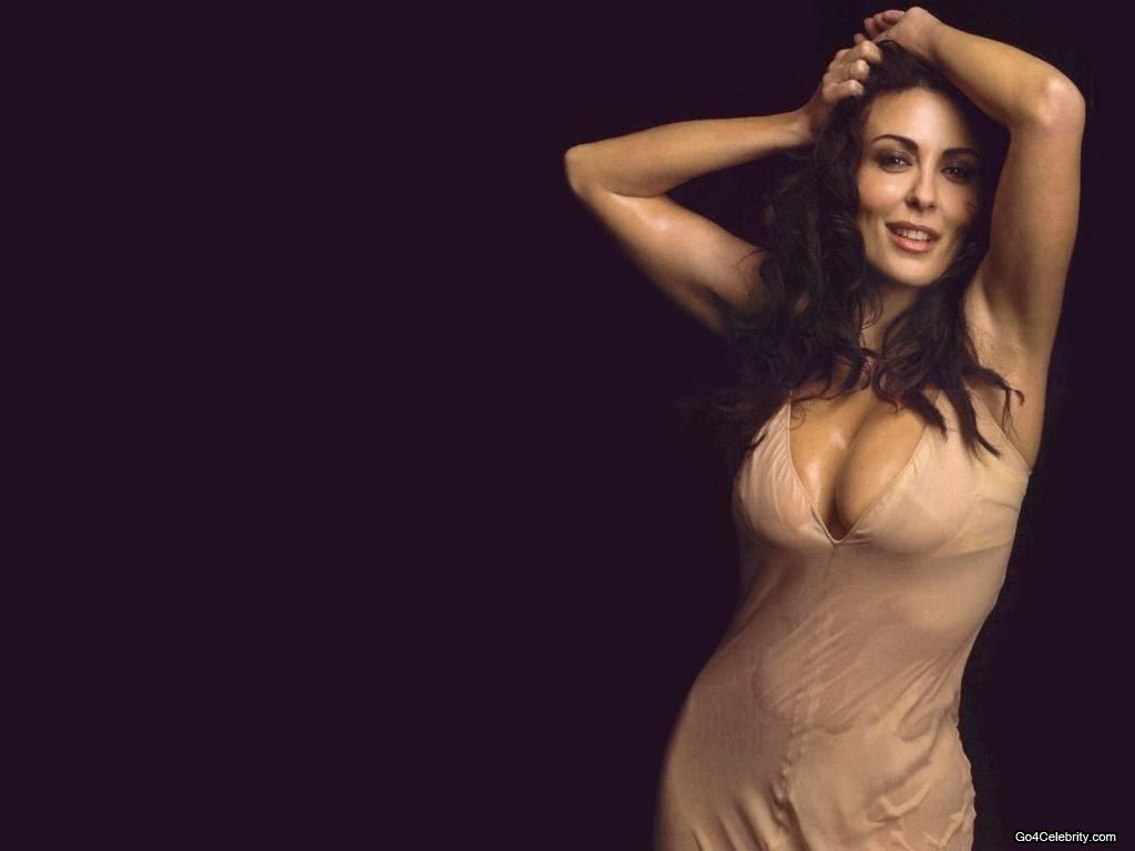 Latest Sabrina Ferilli Hot Wallpapers 2012 ~ 521 ...