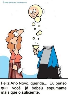 Não beba álcool, beba água. Ninguém encontra felicidade dentro de garrafas de líquidos embriagantes.